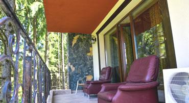 Balcon pensiune Edy's Royal Predeal